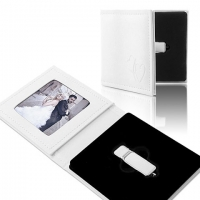 IPFE/PS Pendrive+Photo Case