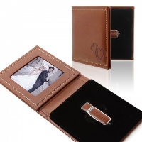 IPFE/TS Pendrive+Photo Case